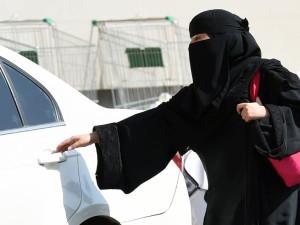 KUIS: Bagaimana Kehidupan Wanita di Arab Saudi?