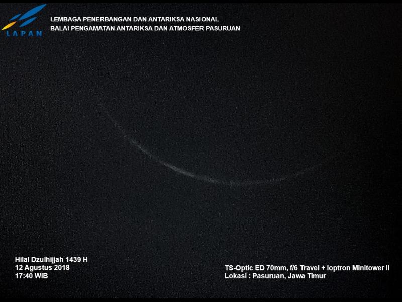 Foto bulan sabit, hilal, 1 Dzulhijjah 1439 H terlihat dari Pasuruan, Jawa Timur pada hari Ahad, 12 Agustus 2018. (LAPAN)