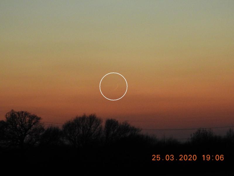 Foto hilal 1 Sya'ban 1441 H dari Inggris, diambil pada Rabu, 25 Maret 2020 (ICOUK).